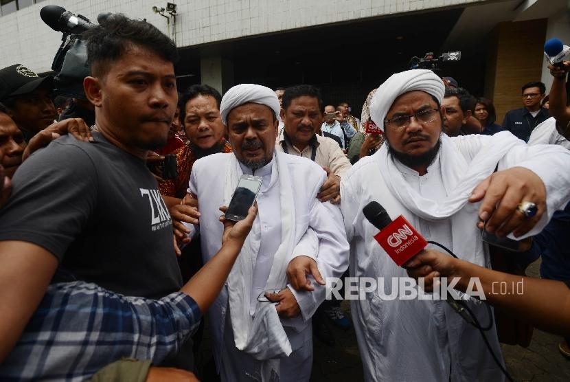 Pimpinan Front Pembela Islam (FPI) Habib Rizieq Shihab.