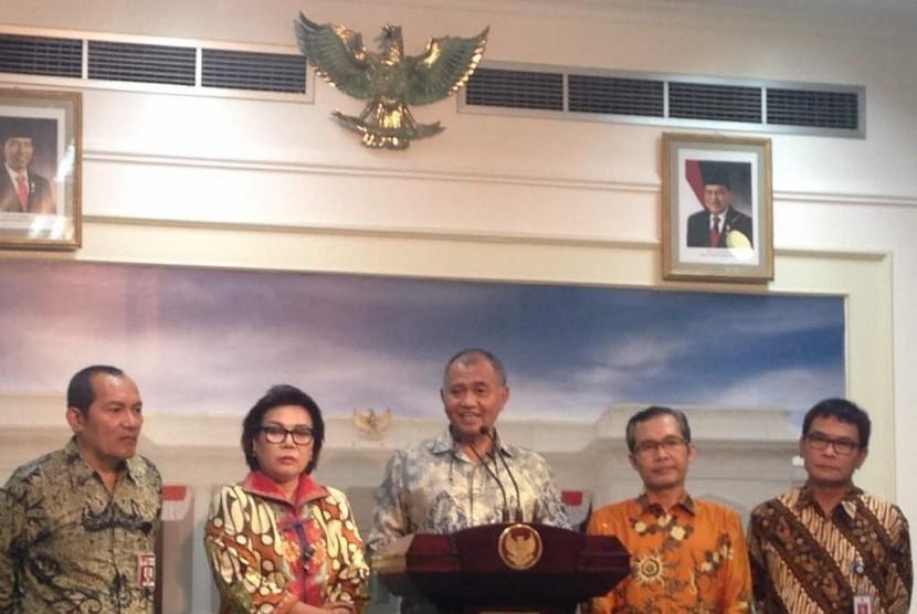 Pimpinan KPK Masih Terbelah Soal Sanksi untuk Aris dan Novel