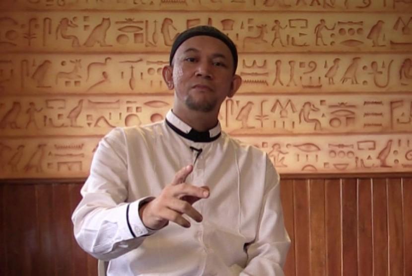 Pimpinan Lembaga Kreatif (iHaqi), Ustaz Erick Yusuf