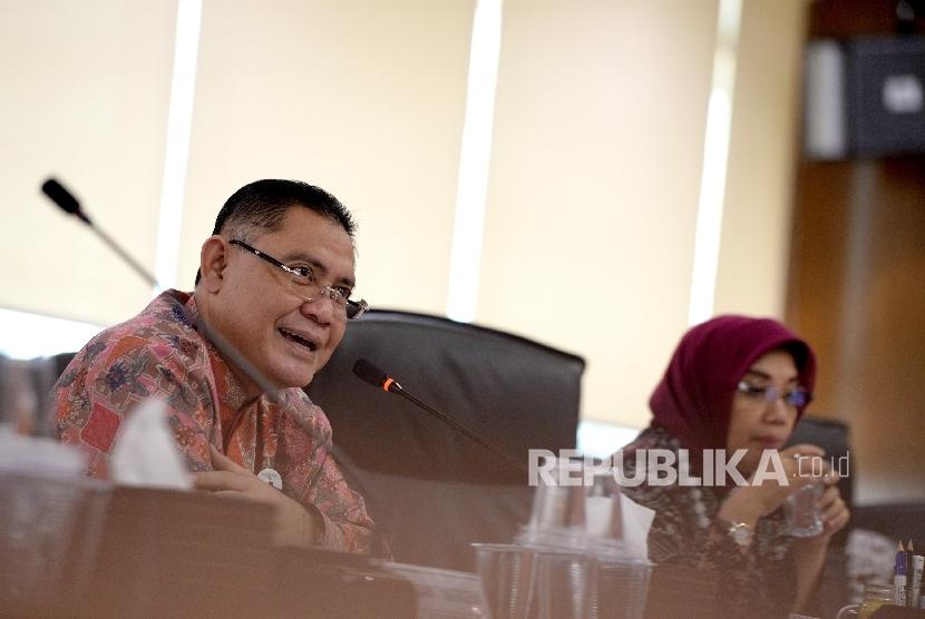 Plt. Direktur Utama BNI Syariah, Abdullah Firman Wibowo memberikan paparan Kinerja Trwulan ke-3 BNI Syariah di Jakarta, Kamis (19/10).