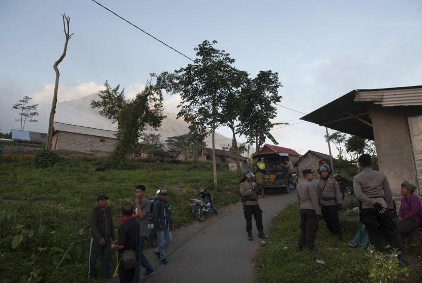 Gempa Vulkanis di Gunung Agung, 9.421 Jiwa Mengungsi