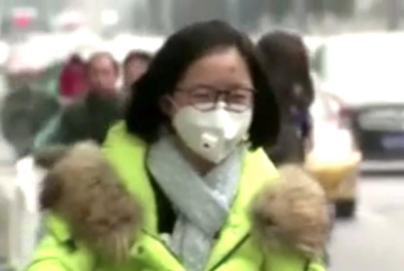 Dikepung Polusi, Cina Bangun Penjernih Udara Terbesar Dunia
