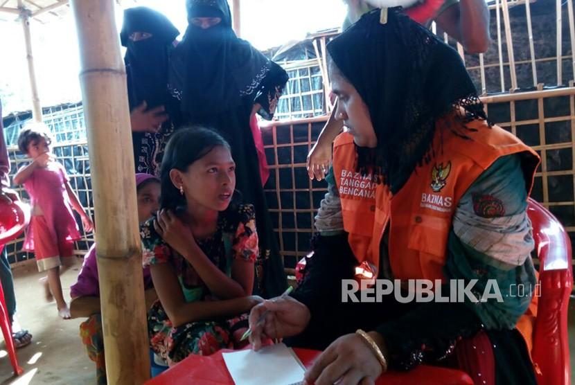 Pos Kesehatan Badan Amil Zakat Nasional (Baznas) melayani 1.000 pengungsi Rohingya di Distrik Cox's Bazar, Bangladesh.