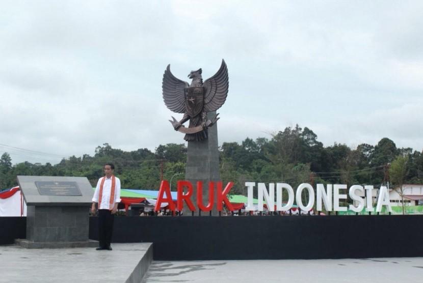 Pos Lintas Batas Negara (PLBN) Terpadu Aruk, Sambas resmi diresmikan oleh Presiden Joko Widodo, Jumat (17/3).