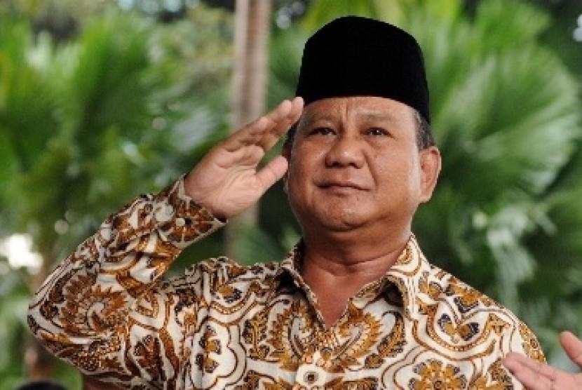 Prabowo Persilahkan Anies-Sandi Jadi Jurkam Sudrajat