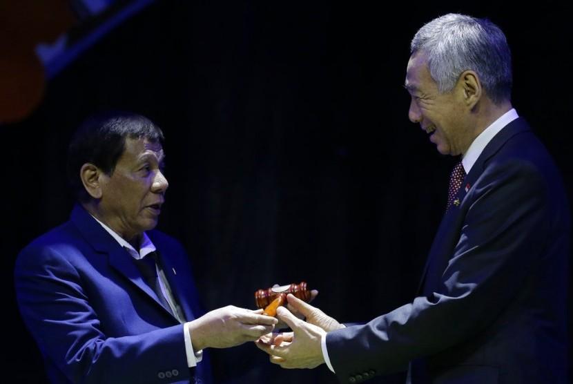 Duterte Resmi Tutup KTT ASEAN ke-31