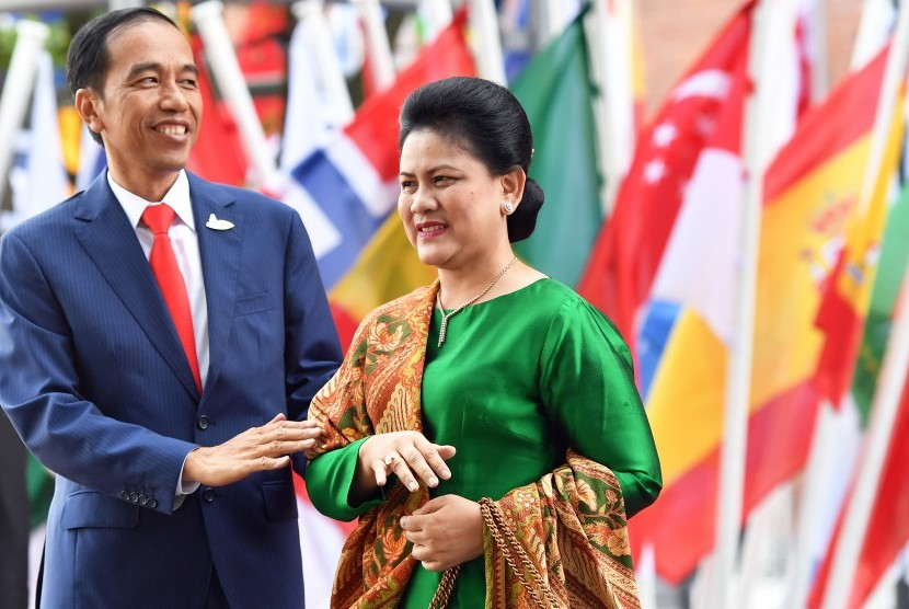 Presiden Joko Widodo bersama Ibu Negara Iriana ketika menghadiri KTT G20 di Hamburg, Jerman.