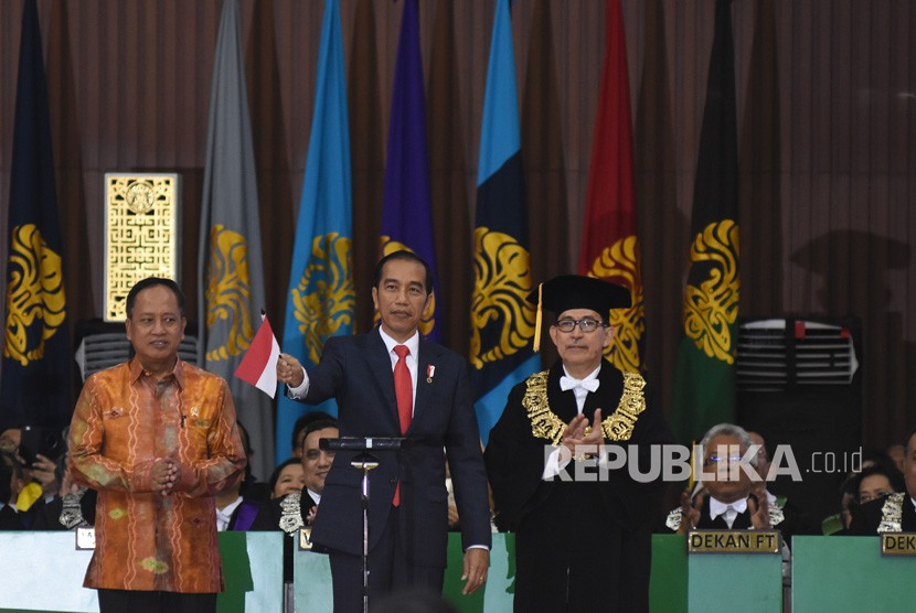 Presiden Jokowi Ancam kirim BEM UI Ke Papua, Pihak UI Cepat-Cepat Bilag Begini
