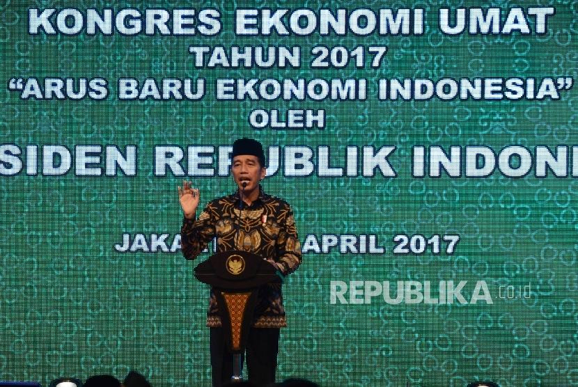 Jokowi Nikmati Perayaan Isra Mi'raj Bersama Santri