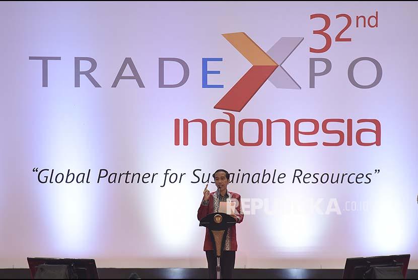 Presiden Joko Widodo membuka Trade Expo Indonesia (TEI) ke-32 Tahun 2017, di Indonesia Convention Exhibition, Tangerang, Banten, Rabu (11/10). Presiden menekankan perlunya upaya untuk meningkatkan nilai perdagangan, ekspor, dan investasi Indonesia.
