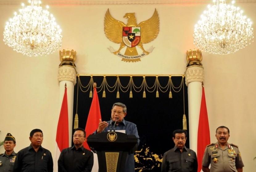 Presiden SBY memberikan pidato soal perselisihan KPK-Polri di Istana Negara, Senin (8/10)