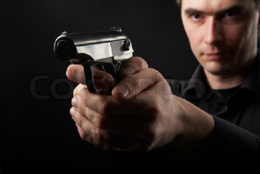 Pria bersenjata (ilustrasi)