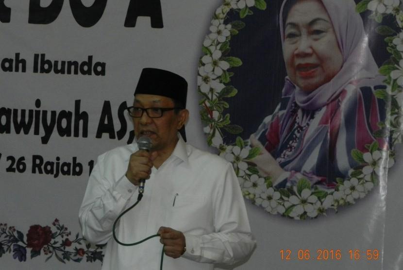 Ribuan Umat Muslim Ikuti Doa dan Tahlil Prof Dr Hj Tutty Alawiyah AS