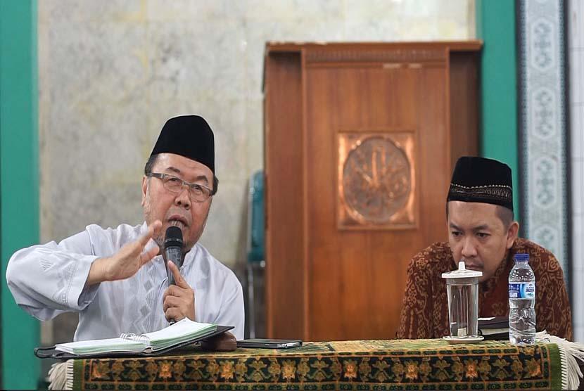 Kiai Didin Hafidhuddin: Ramadhan Momentum Jadikan Keluarga  Ahli Alquran