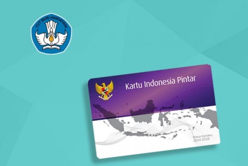 Program Indonesia Pintar melalui Kartu Indonesia Pintar.
