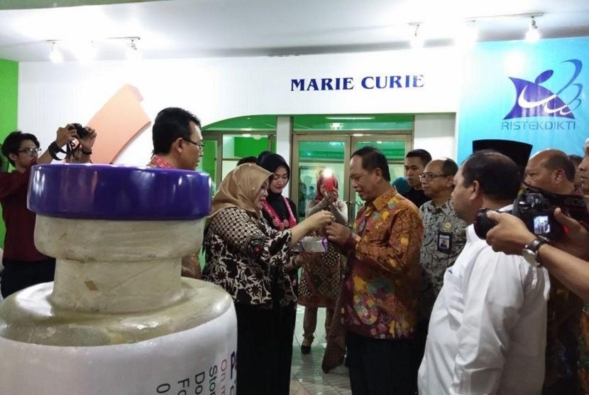 PT Bio Farma dipercaya mengisi wahana dalam acara Indonesia Science Day 2018 pada 20-22 April 2018, di PP Iptek TMII Jakarta.