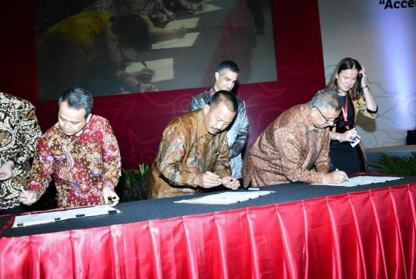 PT Perusahaan Gas Negara (Persero) Tbk (PGN) menandatangani Perjanjian Jual Beli Gas (PJBG)  dengan Conocophillips (Grissik) Ltd.