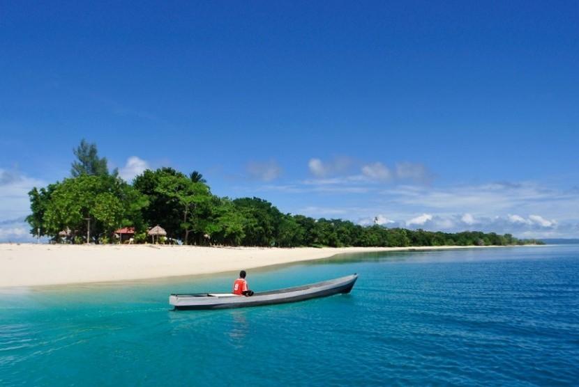 Pulau Morotai, Maluku Utara, salah satu pulau terluar di Tanah Air