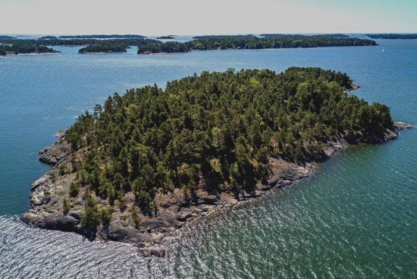 Pulau SuperShe di Finlandia