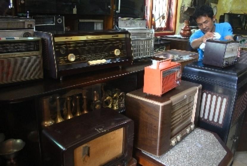 Semua Siaran Radio di Jakarta Mati Hebohkan Warganet