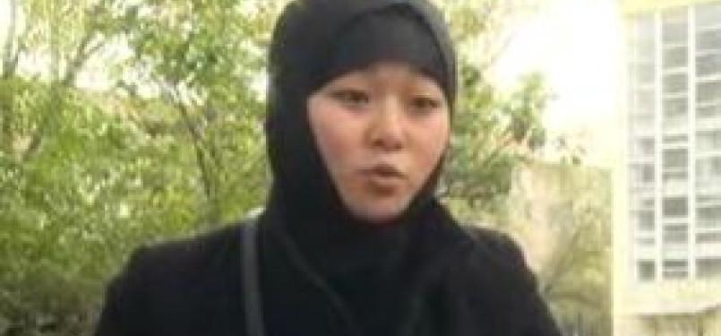 Rahat, muslimah Kirgistan yang memilih mempertahankan jilbab