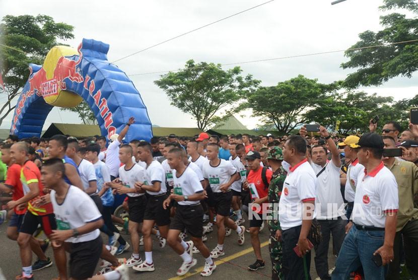 10 Ribu Peserta TNI-Rakyat Manunggal Berlari, Ikuti 10 K