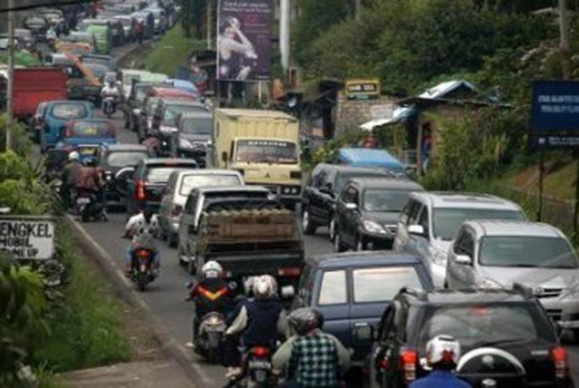 Polres Bogor Antisipasi 4 Titik Kemacetan di Jalur Puncak