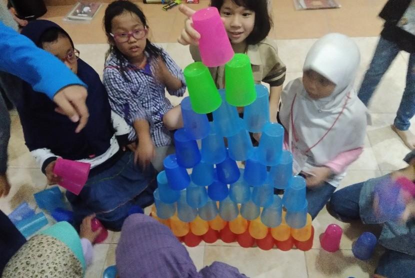 Read1 Institute bersama Klinik Pendidikan MIPA (KPM) kembali menggelar Math In House Training (MIHT) untuk seleksi menuju kompetisi internasional.