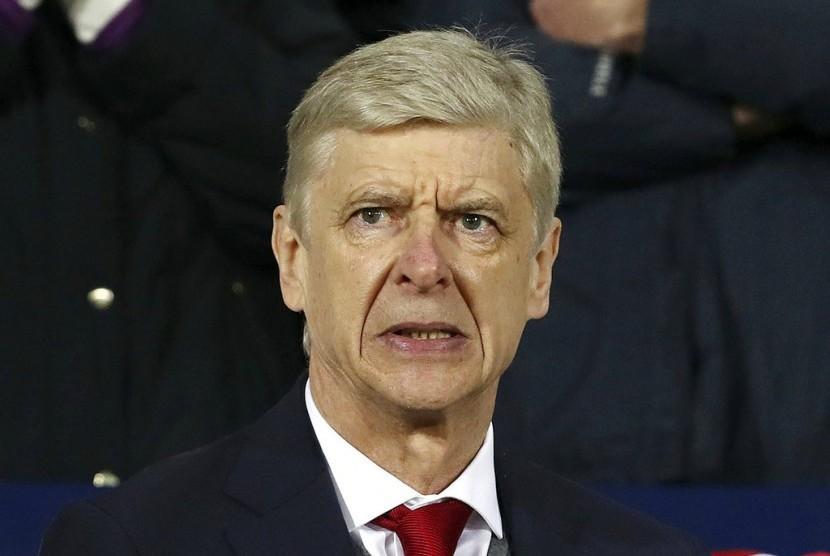 Reaksi pelatih Arsenal, Arsene Wenger pada laga Liga Primer lawan West Bromwich Albion di Stadion the Hawthorns, Senin (1/1) dini hari WIB. Laga berakhir imbang 1-1.