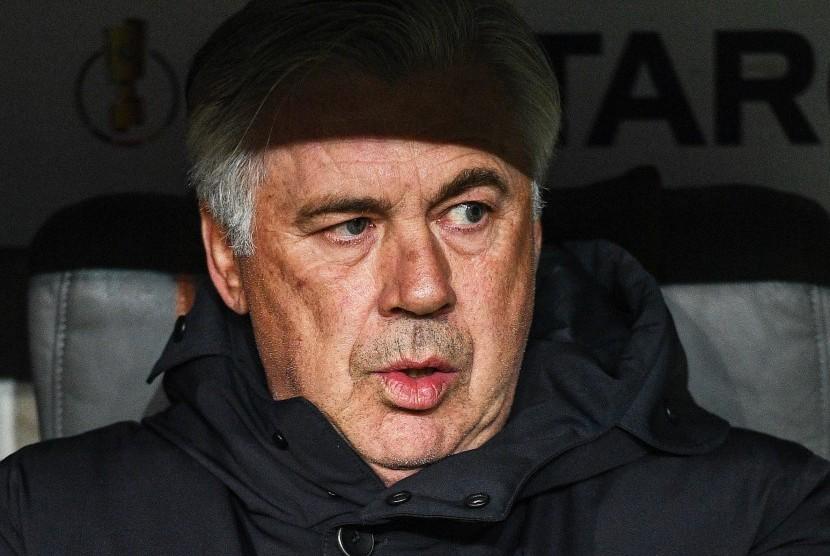 Berlusconi Dukung Ancelotti Latih Italia