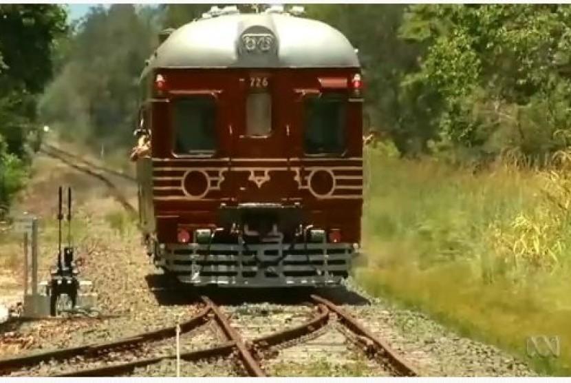 Kereta Listrik Tenaga Surya Pertama Dunia Beroperasi di Australia