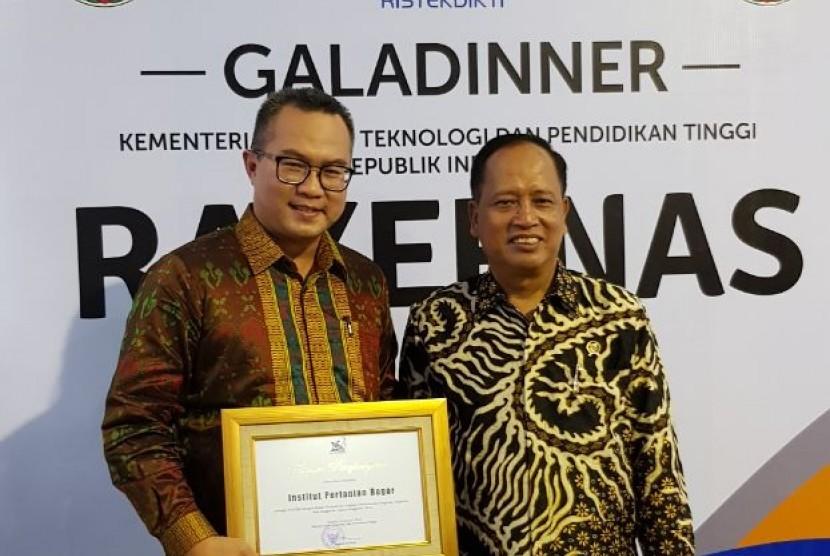 Kemeristekdikti Gelar Anugerah Humas PTN dan Kopertis 2017