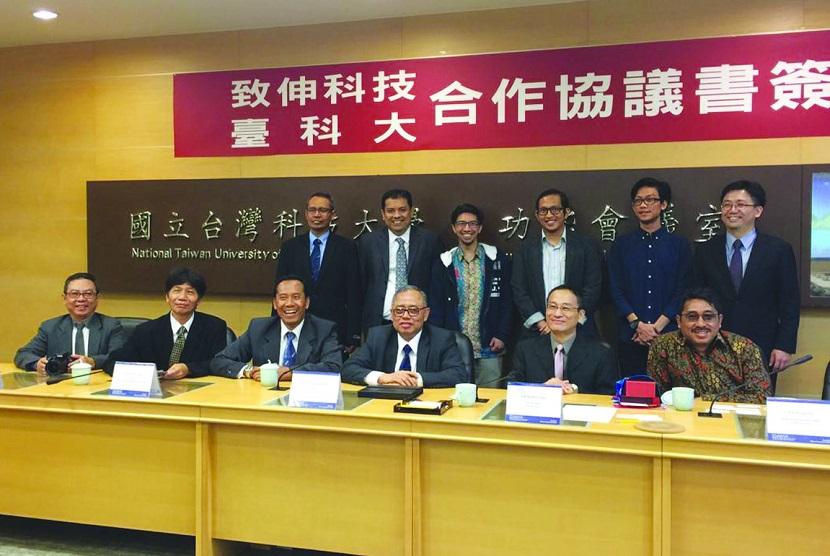 Rektor UMJ bersama empat rektor perguruan tinggi di Indonesia melakukan kunjungan internasional ke Taiwan