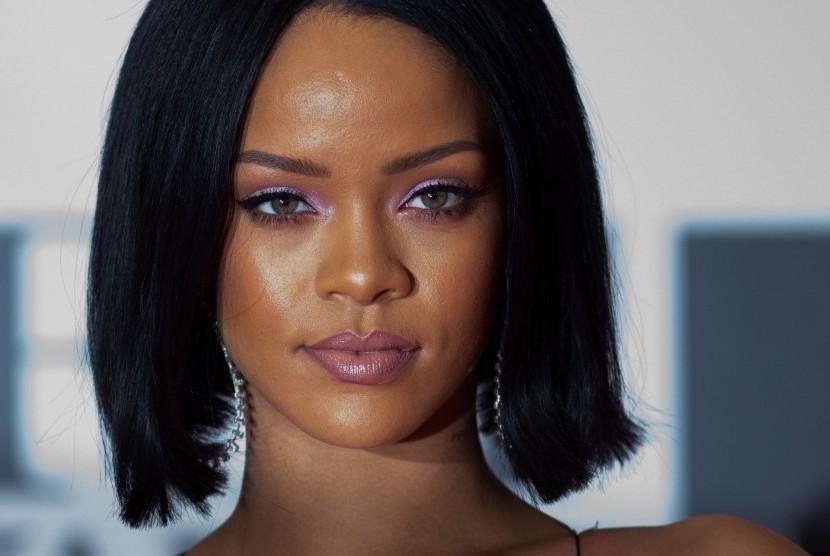 Rihanna tidak Masalah Bentuk Tubuh Berubah