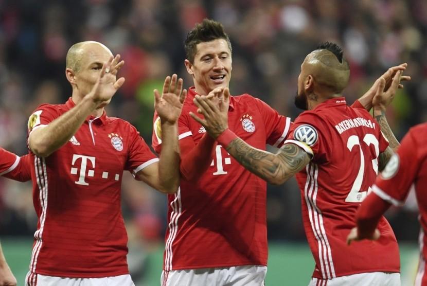 Lewandowski Antar Muenchen ke Semifinal DFB Pokal