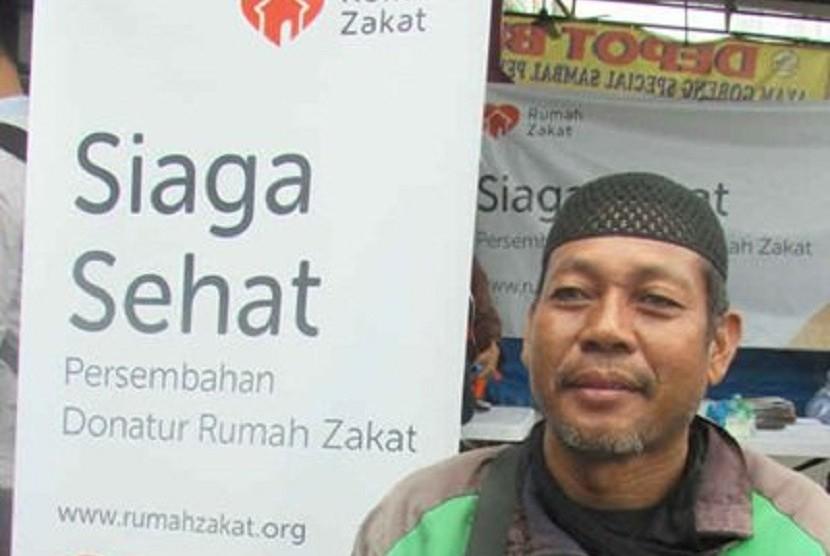 Rumah Zakat aksi peduli sehat pengemudi ojek.