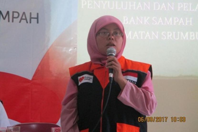 Rumah Zakat berkolaborasi dengan Kementerian Agama dan Dinas Lingkungan Hidup Magelang menggelar pelatihan bank sampah kepada warga.