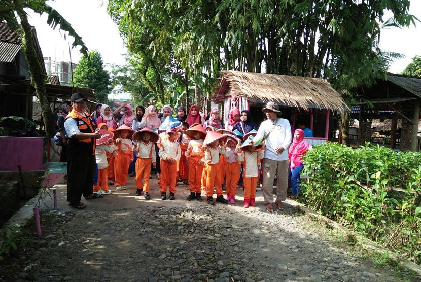 Rumah Zakat dukung kegiatan field trip PAUD Wisma Siwi.