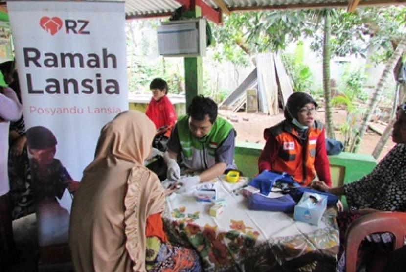 Rumah Zakat menggulirkan Program Ramah Lansia di Kota Makassar.