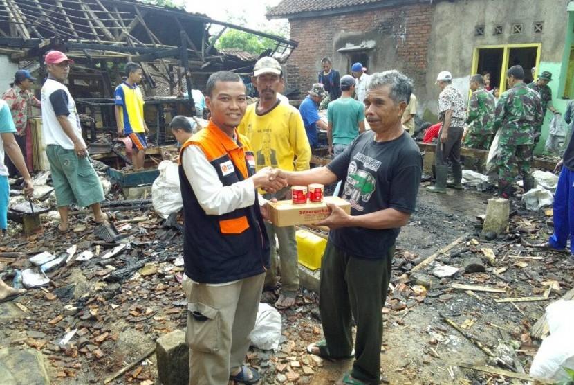 Rumah Zakat salurkan bantuan untuk korban kebakaran Garut