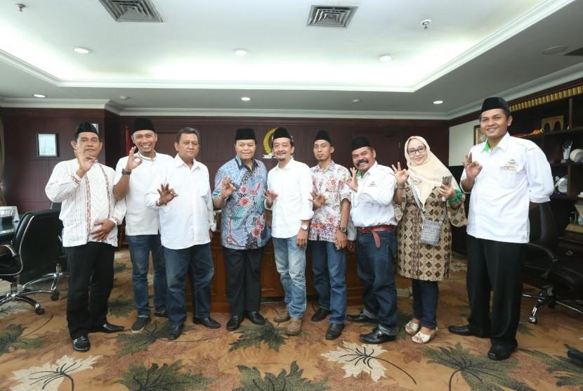 Rumpun Masyarakat Betawi (RMB) mengunang Hidayat Nur Wahid dalam perayaan miladnya, besok.