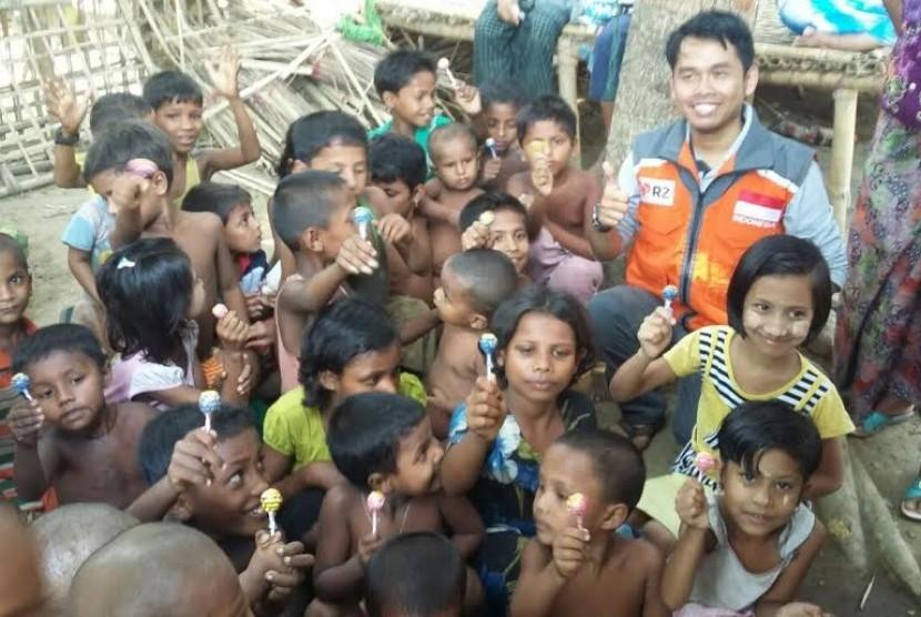 RZ Salurkan Makanan untuk Pengungsi Rohingya di Myanmar