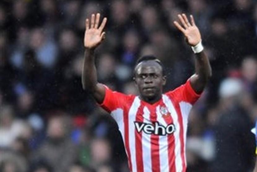 Senegal Serahkan Pemulihan Cedera Mane ke Liverpool