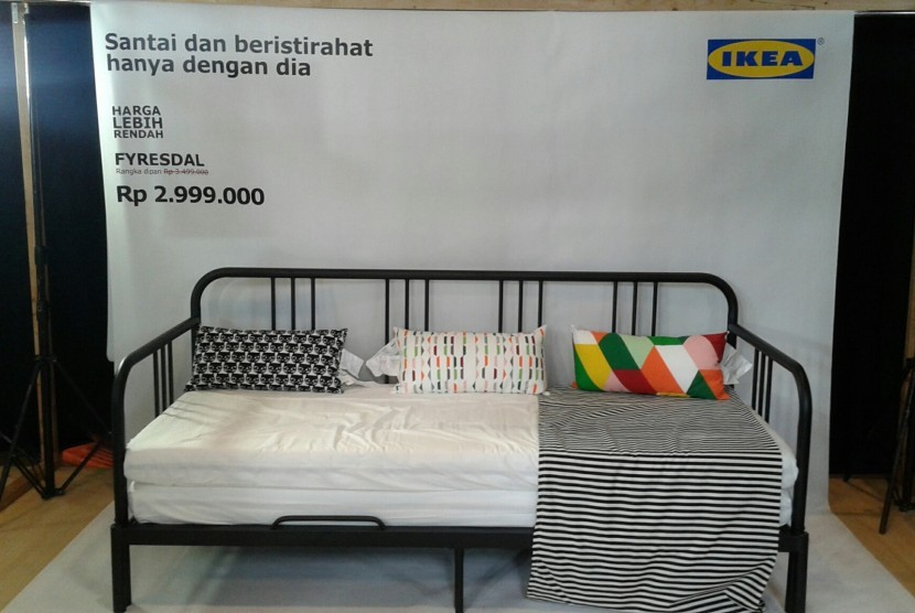 harga lebih murah jadi fokus katalog ikea 2017 republika online. Black Bedroom Furniture Sets. Home Design Ideas