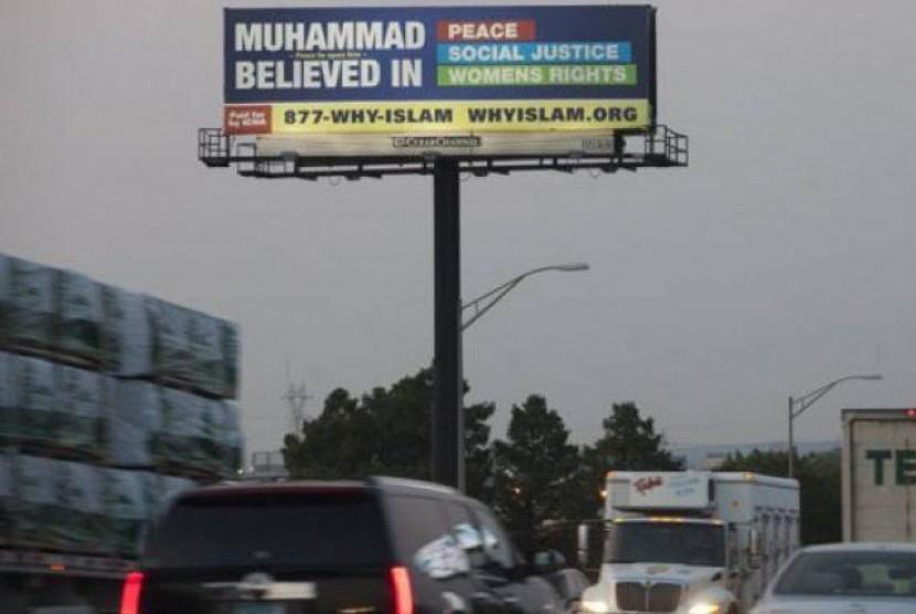 Salah satu reklame yang berisi kesadaran tentang Islam di Amerika Serikat (AS).