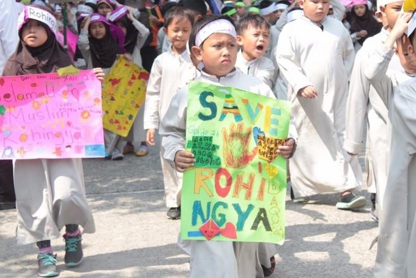 Santri Daqu Peduli Rohingya