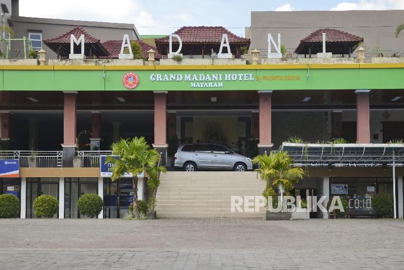 Thb Grand Legi Hotel Mataram In Mataram