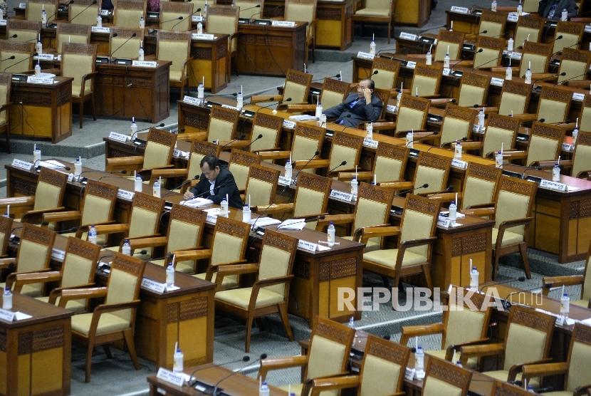 Parliament Watch: Internal DPR Harus Perbaiki Citra
