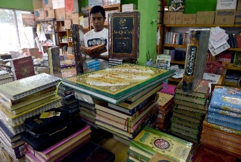 Al-Asybah Ringkasan Kitab-Kitab Kaidah Fikih