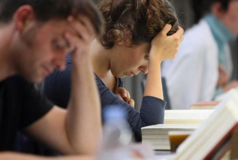 Sejumlah isu menjadi beban bagi mahasiswa di Australia sehingga tingkat stressnya menjadi lebih tinggi.